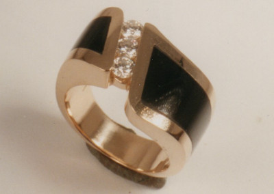 0153 Onyx & Diamond Ring