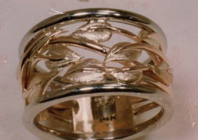 0191 Leaf Design Gold Ring