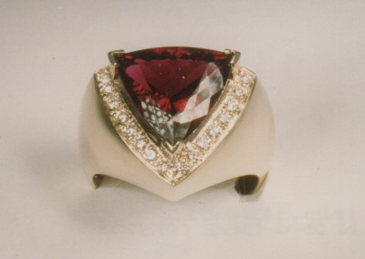 0211 Garnet & Diamond Ring